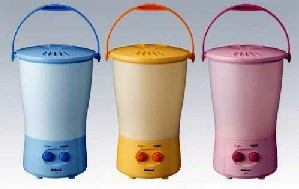 Electric Bucket, a bucket-sized washing machine from Japan.